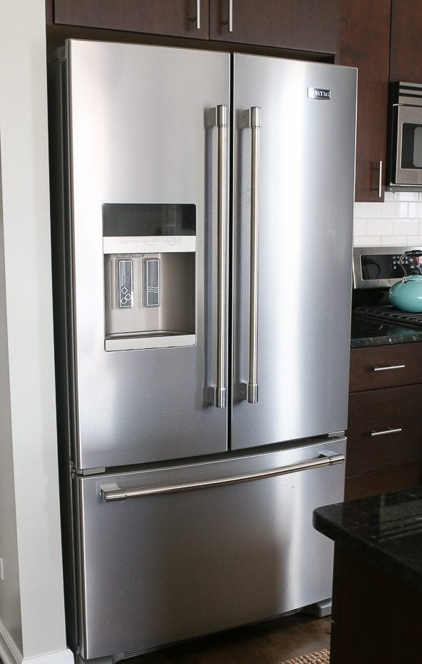 THe best part about our new kitchen appliances? THey are fingerprint-free! How do they do that?