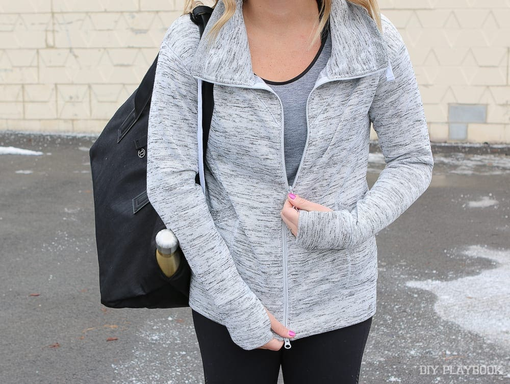 This athleisure hoodie is great for the gym or Saturday brunch!
