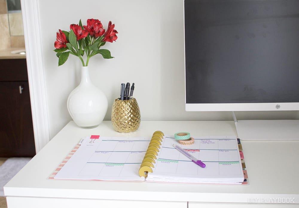 planner-schedule-calendar-office