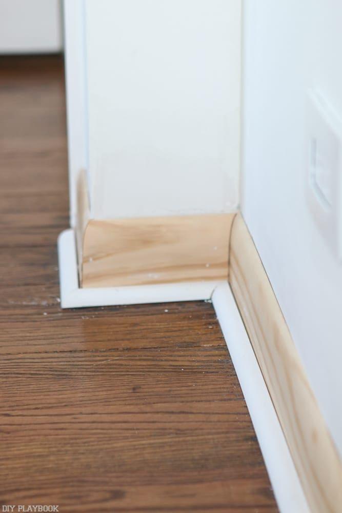 how to build a barn door frame