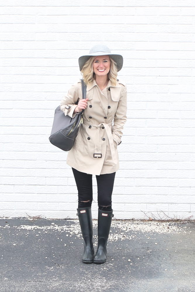 Trench_Coat_Bridget_Spring_Fashion_Hunter_boots