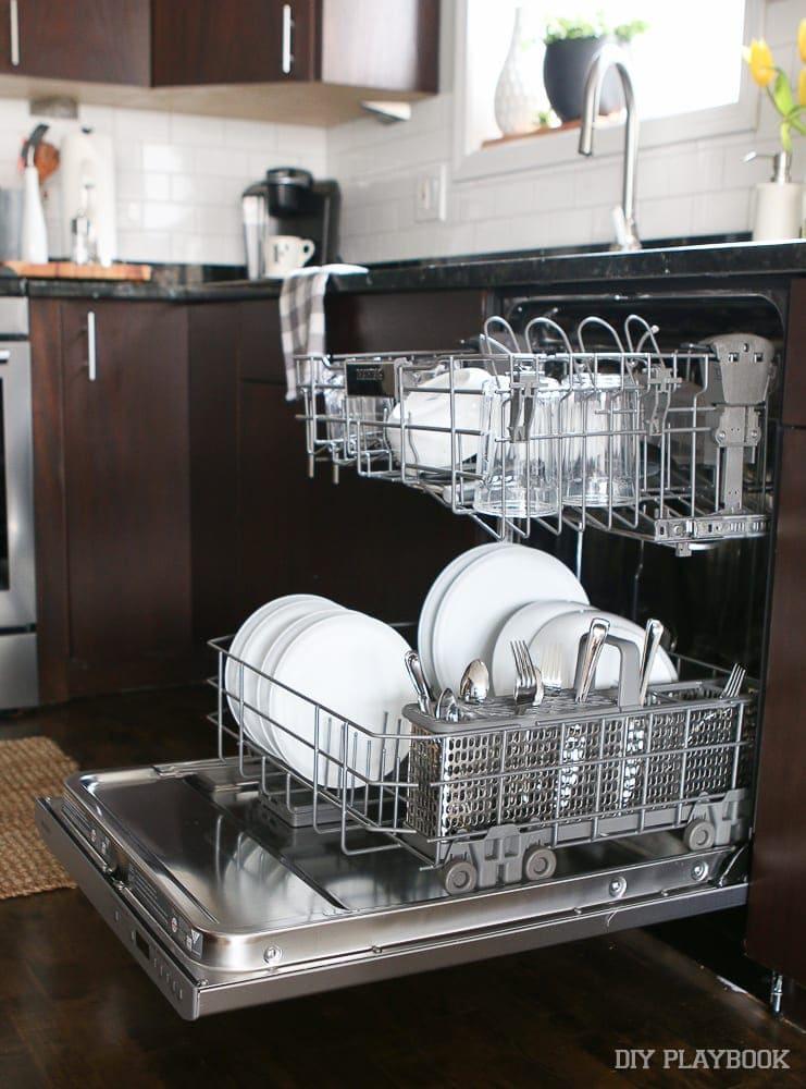 clean-dishes-maytag-dishwasher-kitchen