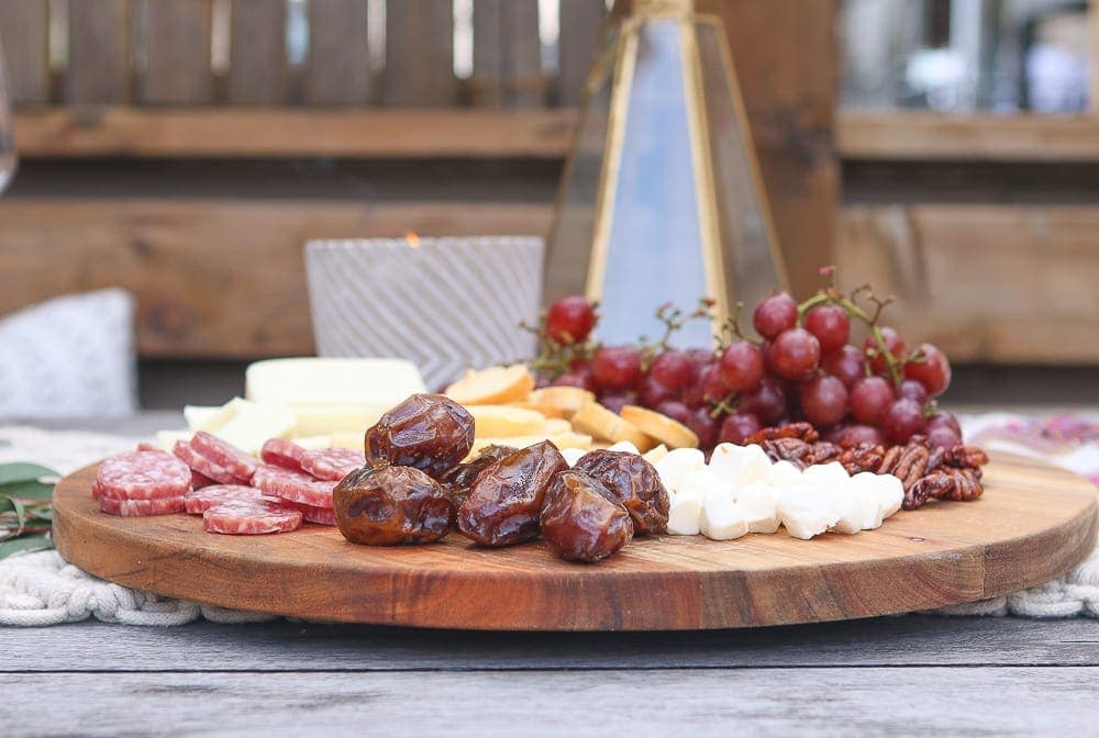 Moroccan_Table-cheese-meat-platter-wine