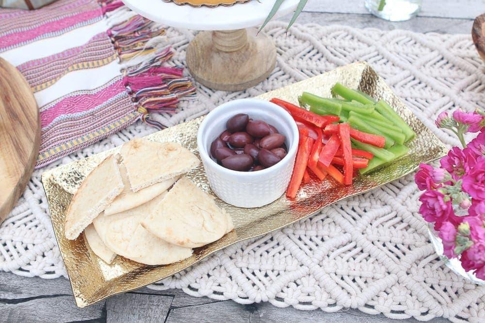Moroccan_Table_hummus_tray