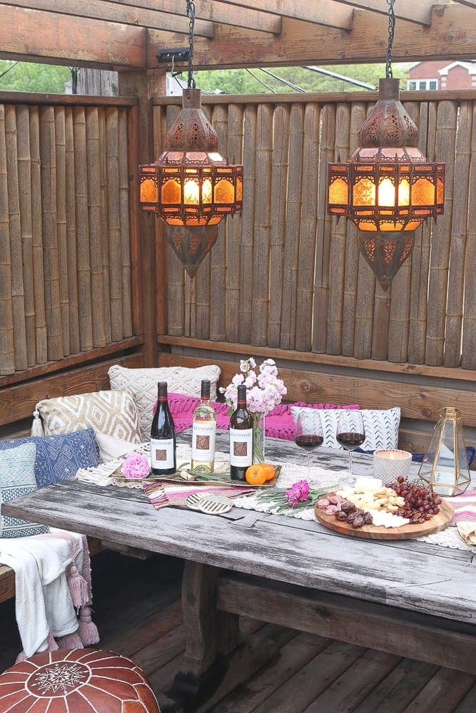 Moroccan_Table_lanterns_wine