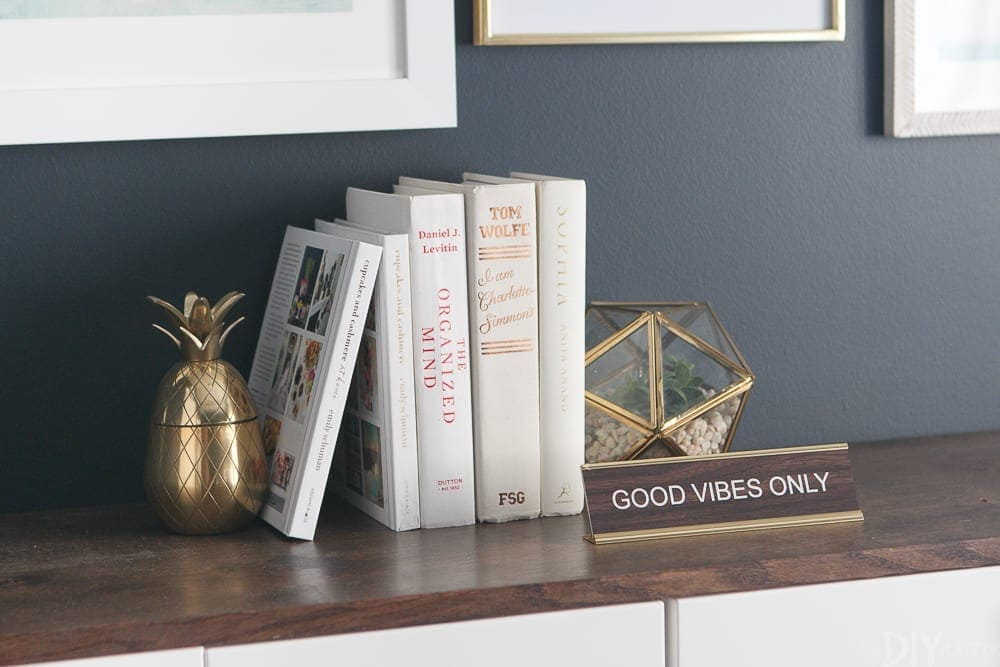 The Good Vibes Only sign looks great on our fauxdenza along with some books and other fun accessories.