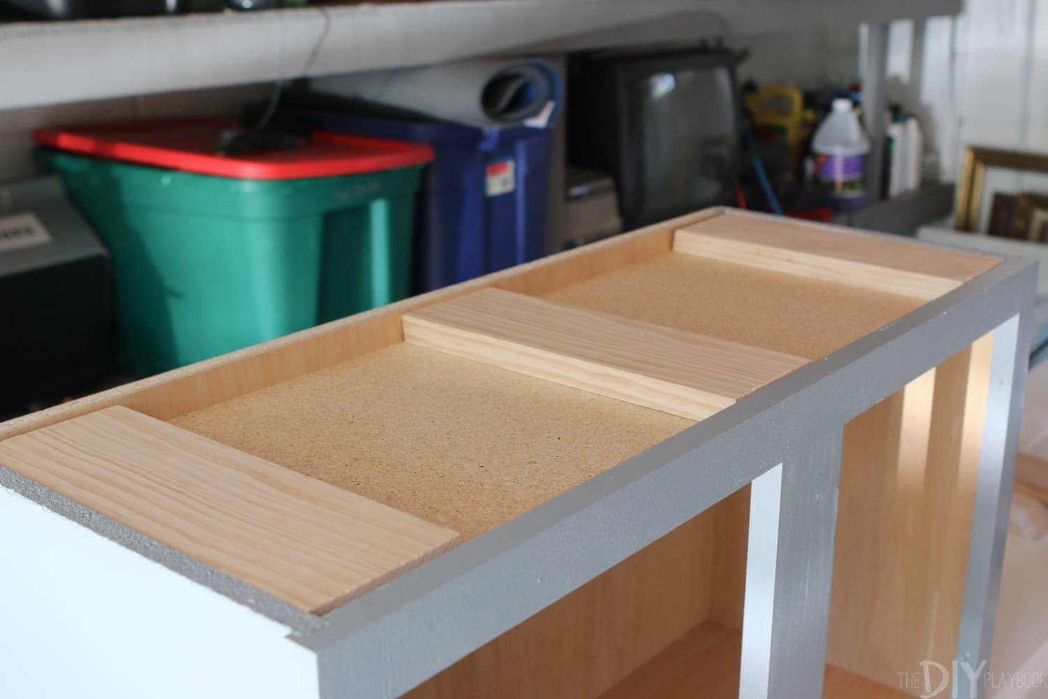 Cut and attach countertop: DIY Kid's Tool Bench: Step by Step Tutorial | DIY Playbook