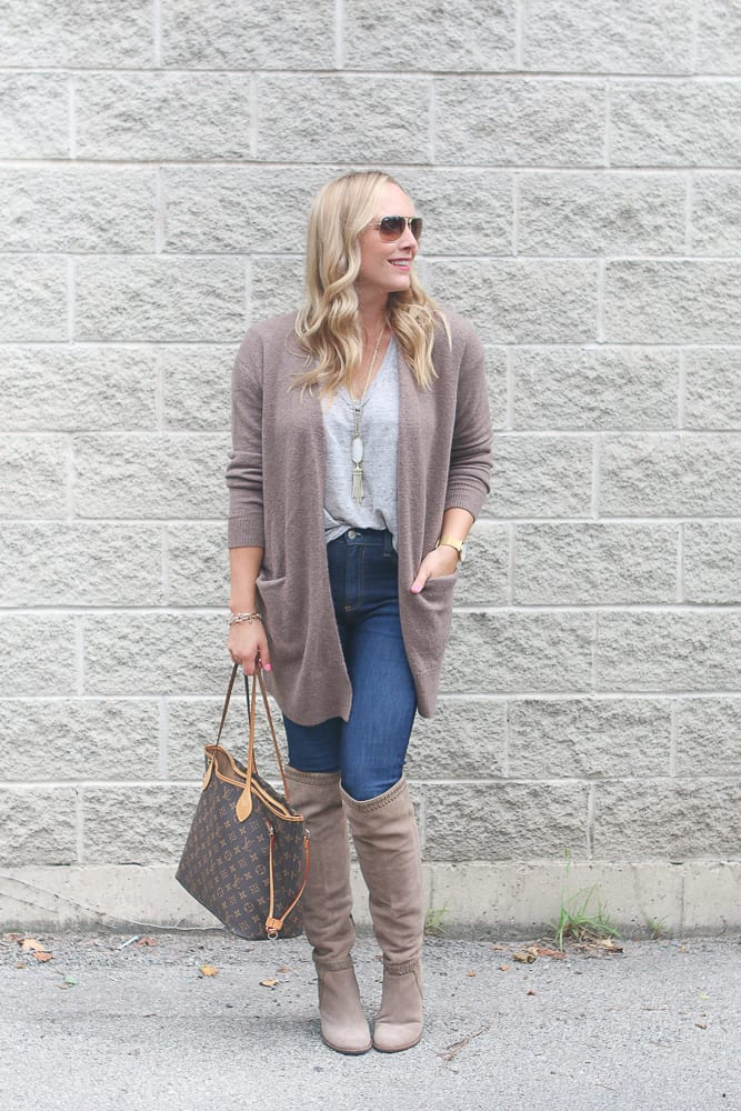 casey-sweater-jeans