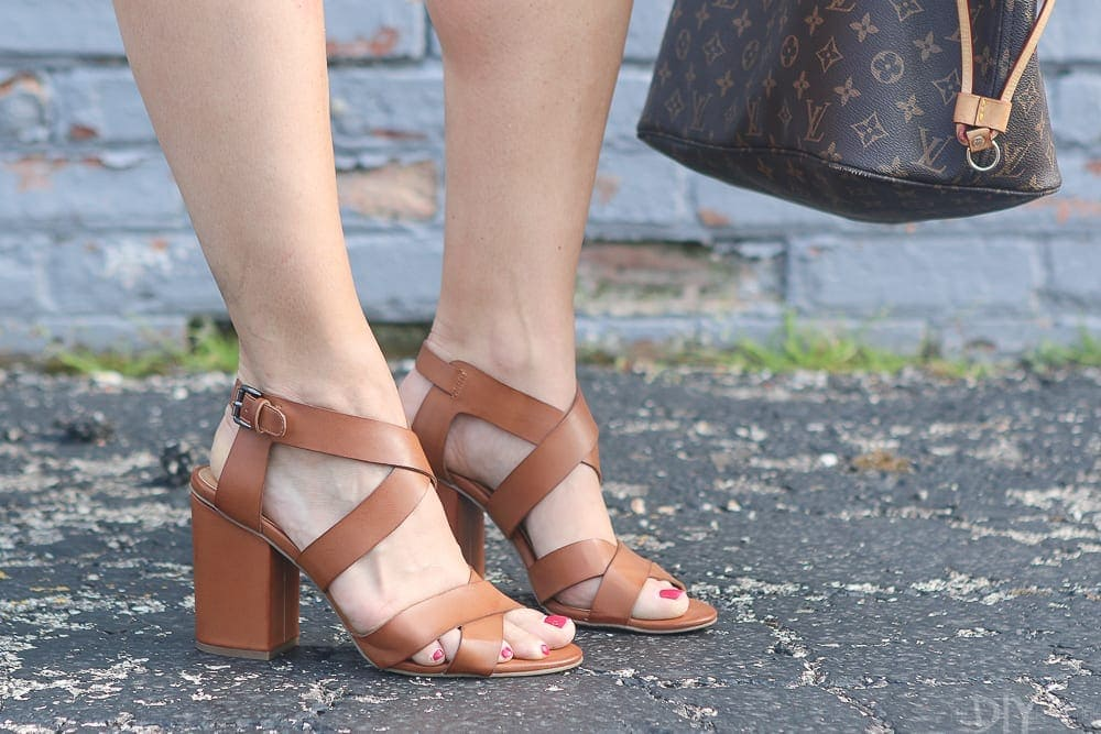 The toffee color and stacked heel make these great for almost any occassion