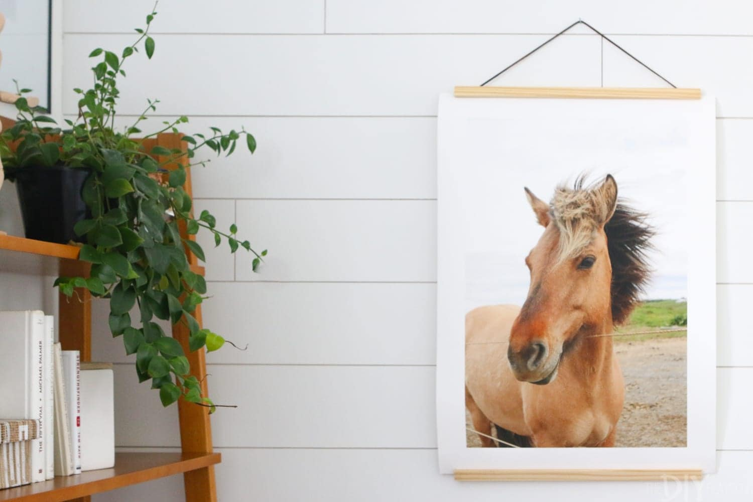 Print_Shop_DIY_Playbook-horse-print-office