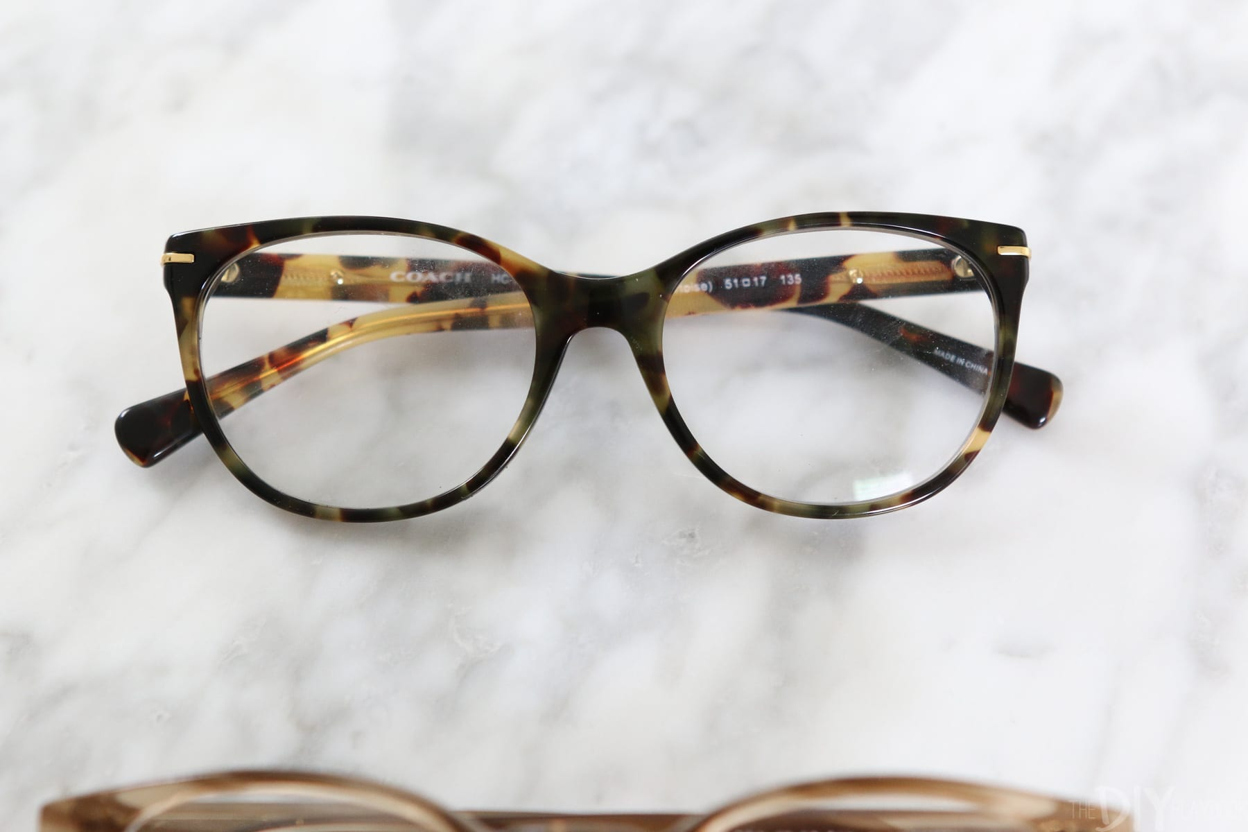 Shopping for Glasses Online | DIY Playbook