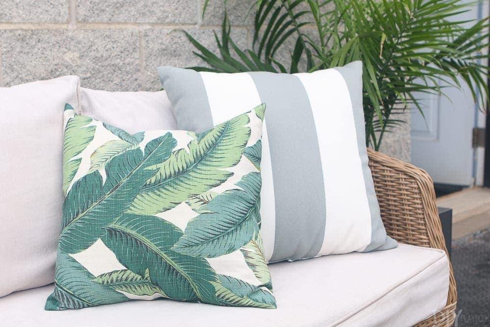 outdoor-pillows-patio