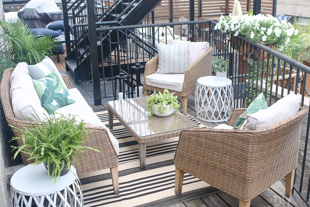 patio-balcony-plants-flowers