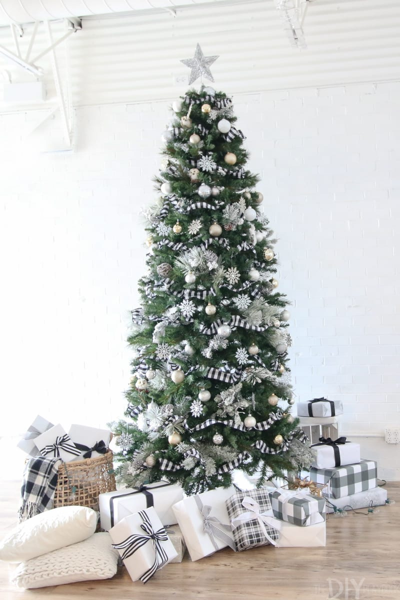 Black And White Christmas Tree For The Holidays Diy Playbook