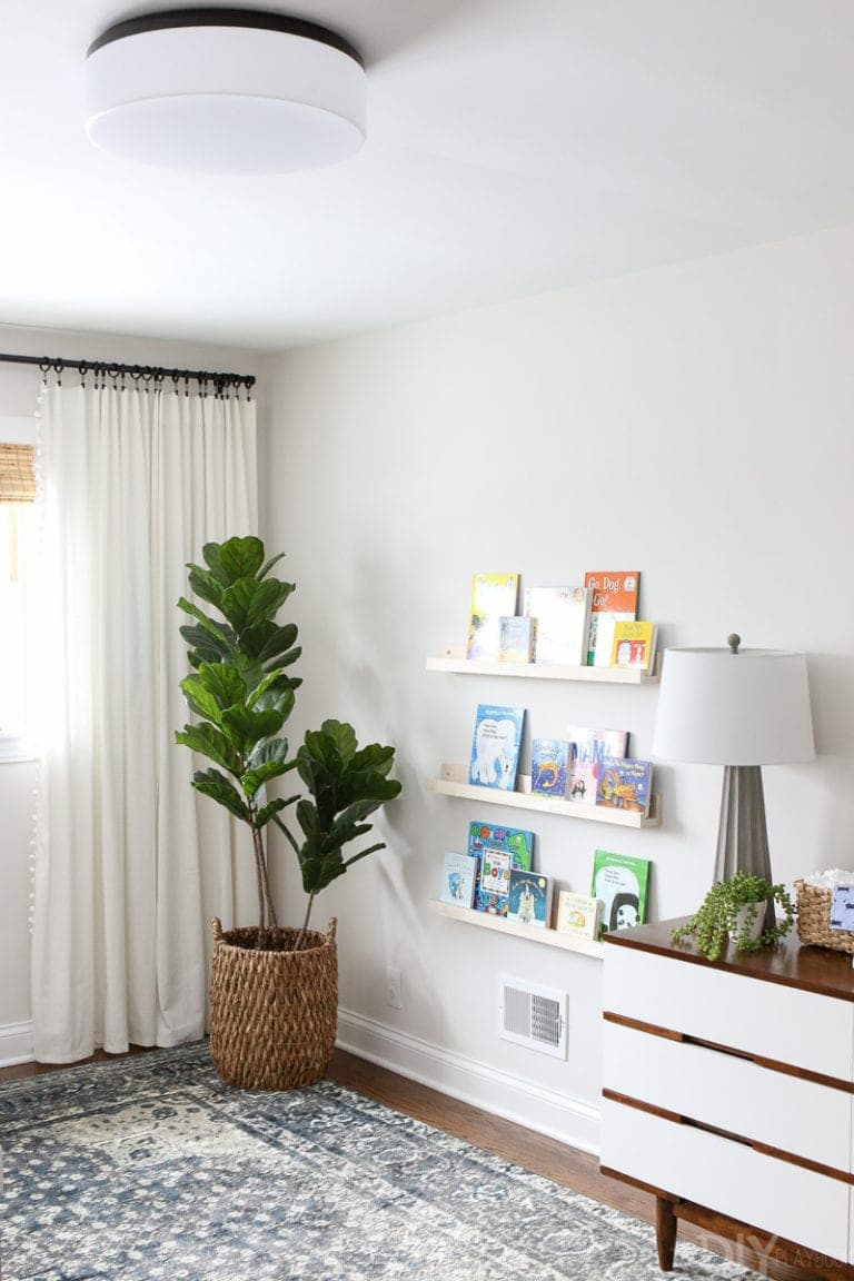 DIY book ledges in a nursery