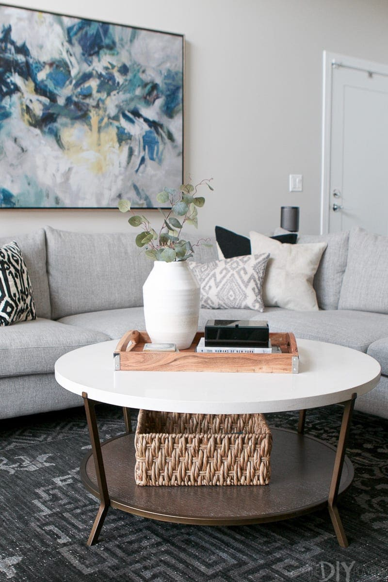 Modern and Neutral Living Room Space in Chicago | The DIY Playbook