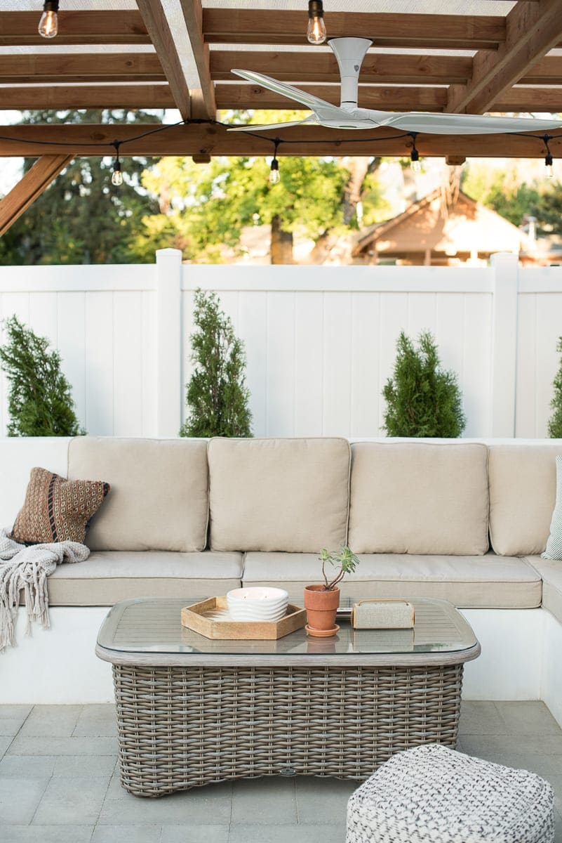 How to DIY a built-in couch for your backyard and patio.