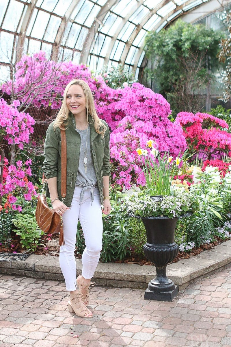 A neutral look for spring fashion