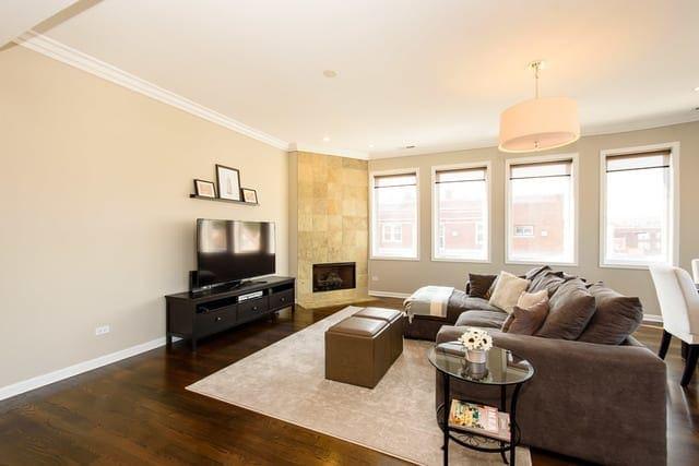 jan living room before