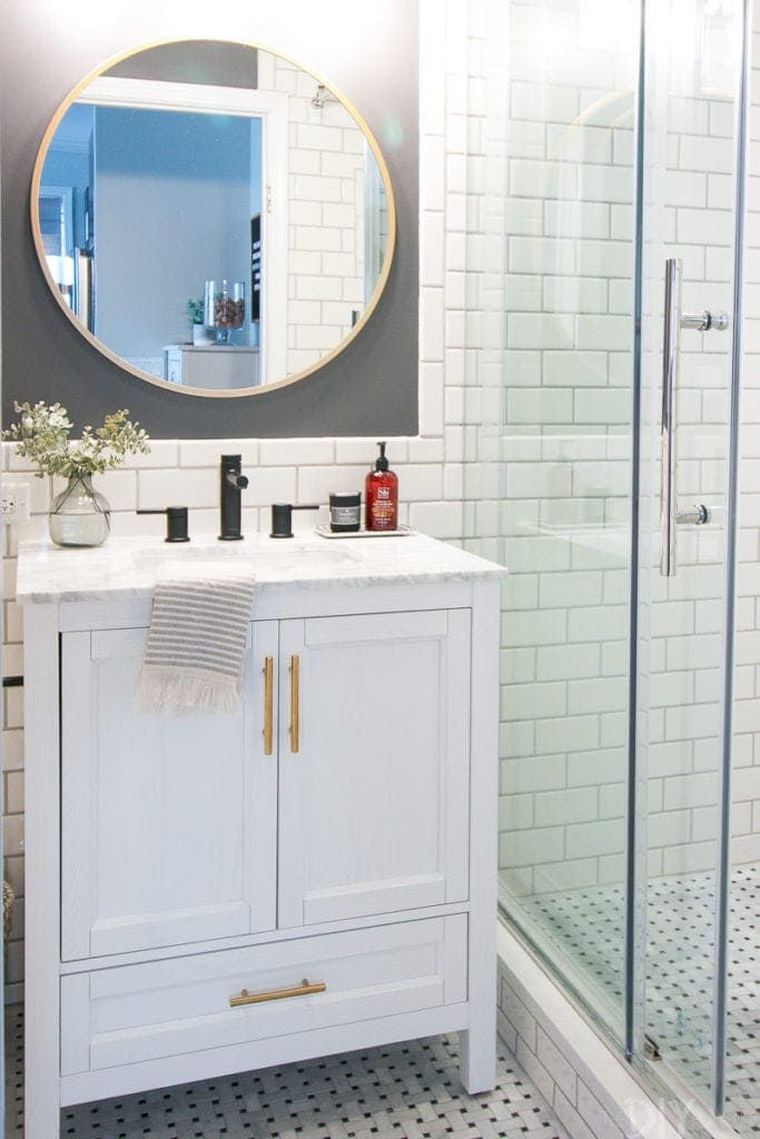 Marble top vanity in this bathroom makeover