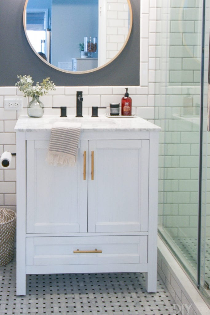 Storage solutions in a small bathroom