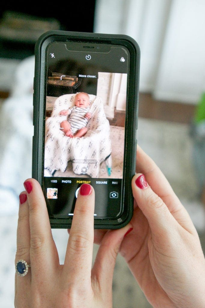 taking baby photos on your iphone