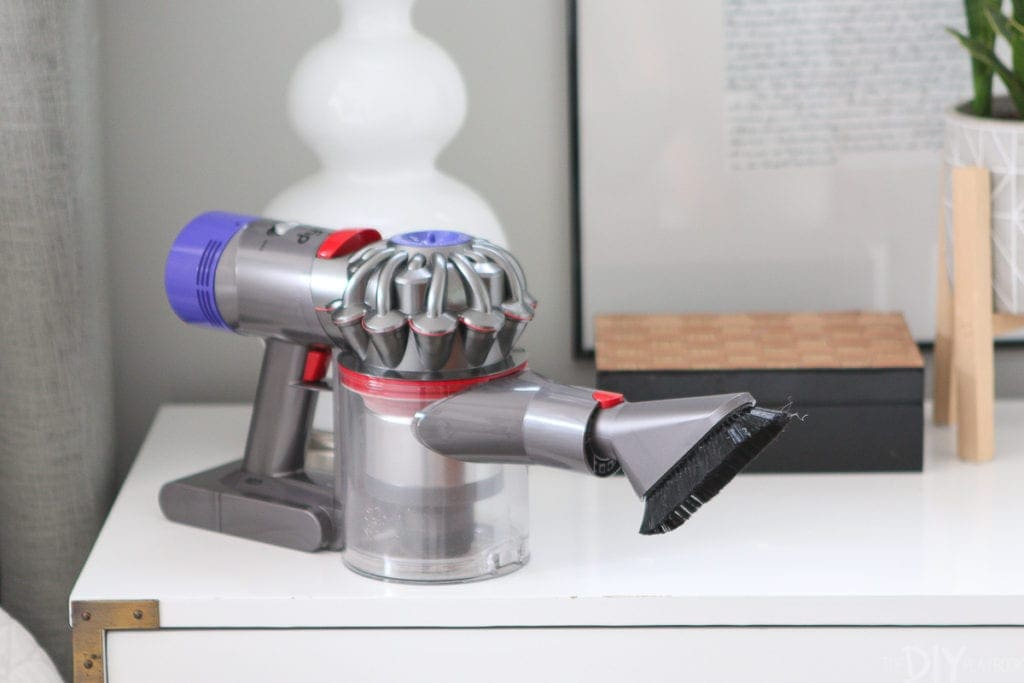 Attachment for Dyson v8 cordless vacuum