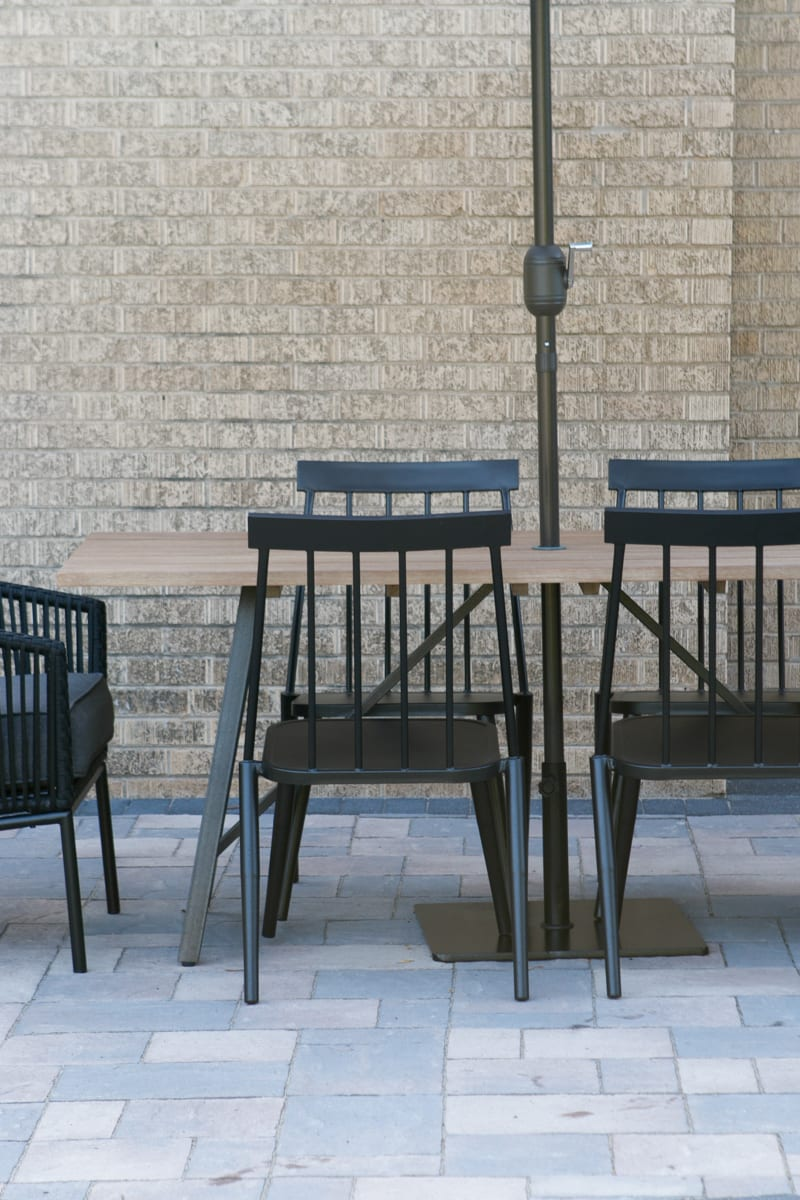 Outdoor dining and seating