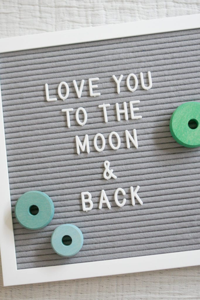 letterboard prop for better baby photos
