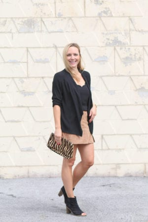 3 Ideas to Wear a Suede Skirt for Fall