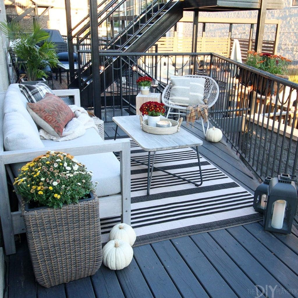How to create a fall patio