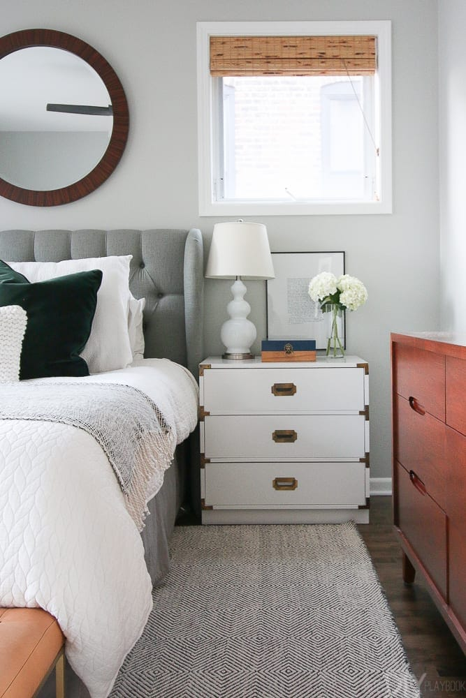 6 Tips to Stay Organized in a Small Home