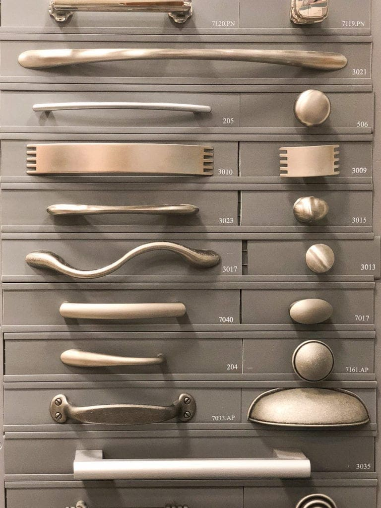 choosing hardware for new kitchen cabinets
