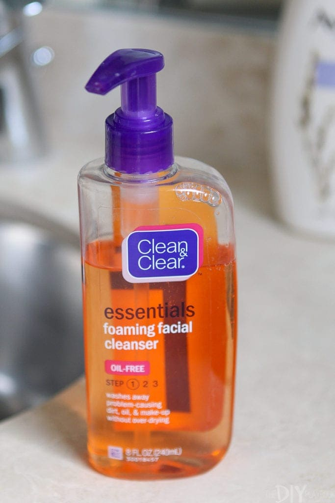 Clean and clear foaming cleanser