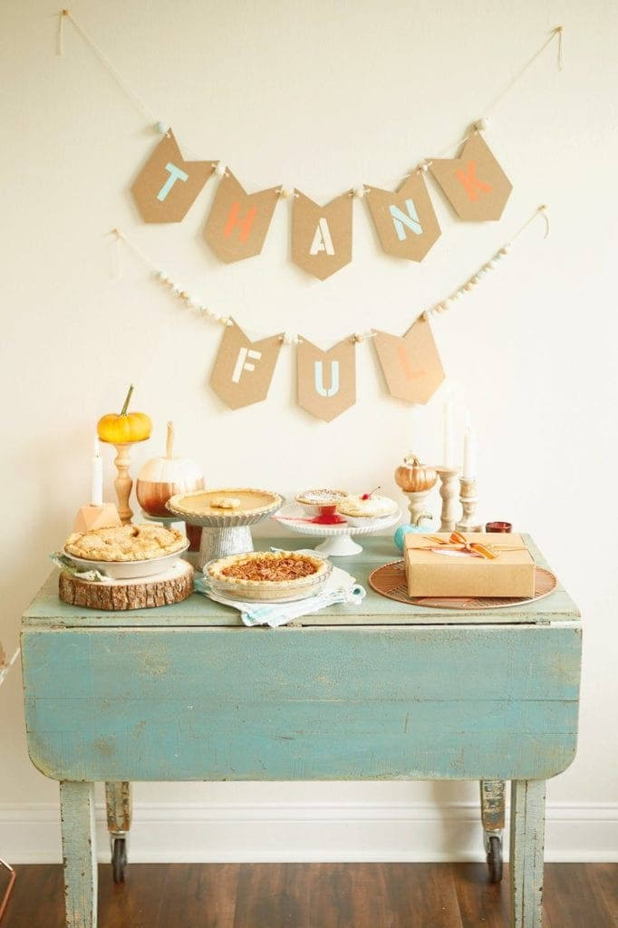 Make a friendsgiving dessert table