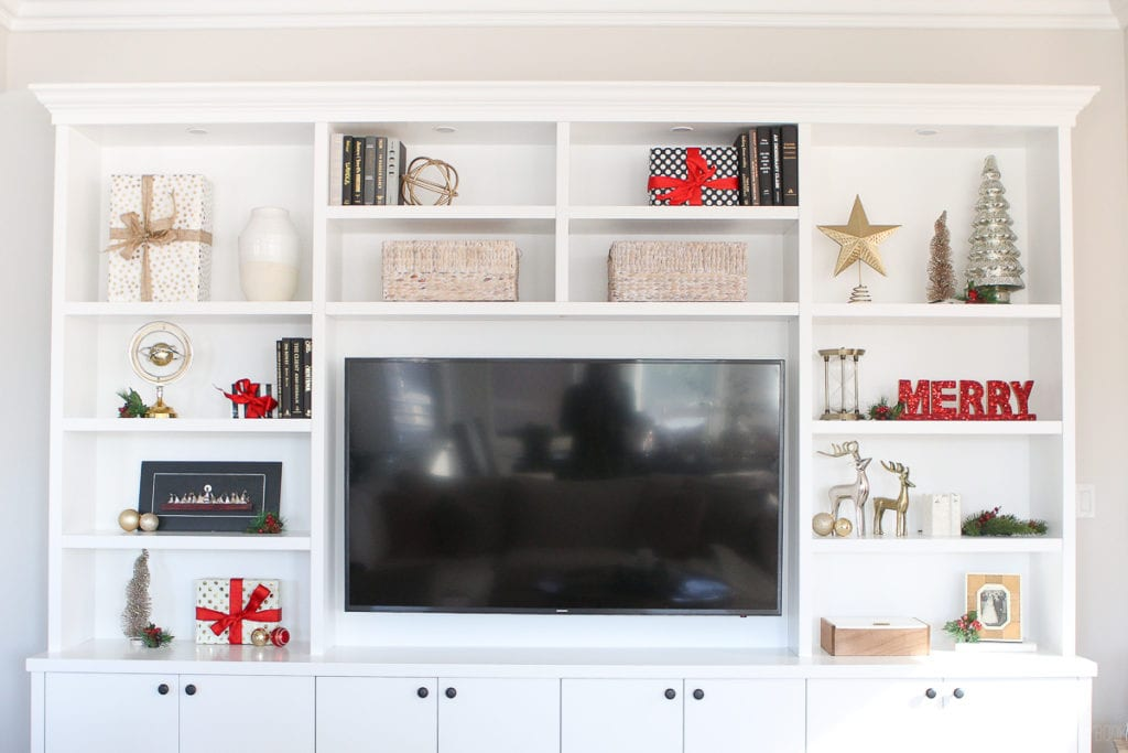 Decorating built-ins with pops of red