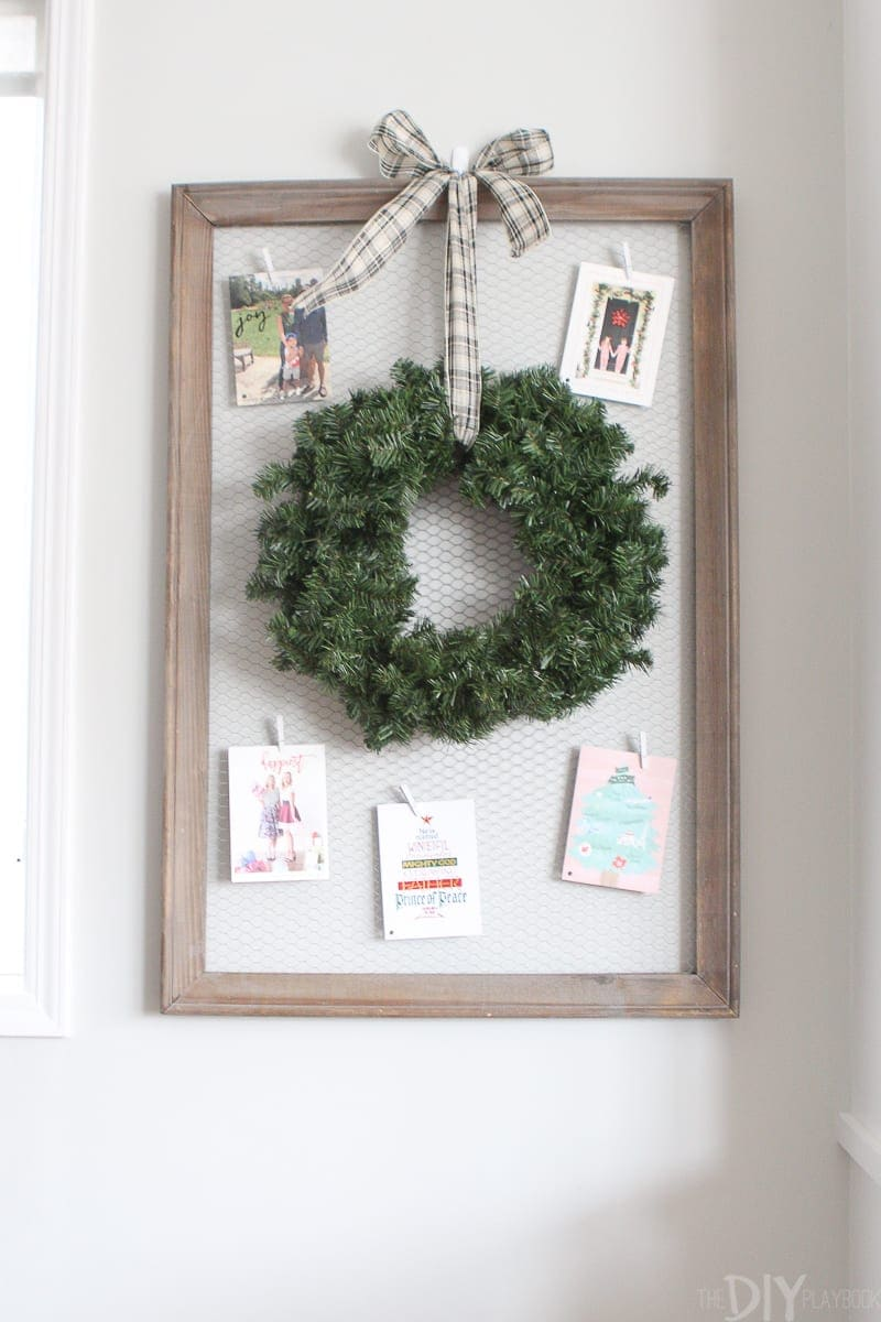 Chicken wire frame to display Christmas cards