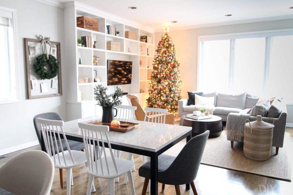 Casey's Christmas home tour