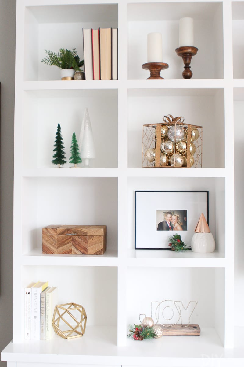 How to decorate holiday built-ins