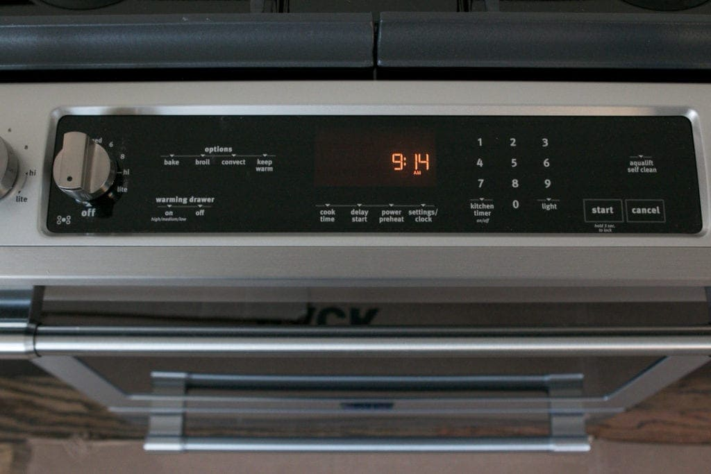 top controls on a maytag range