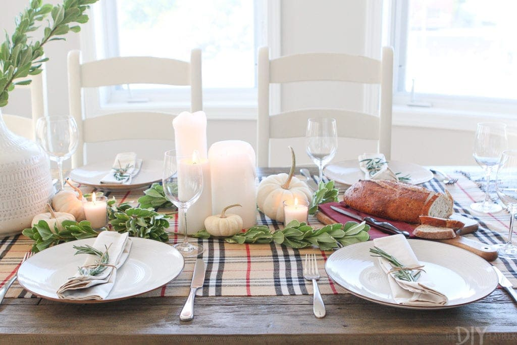How to host a stress-free Friendsgiving or holiday party