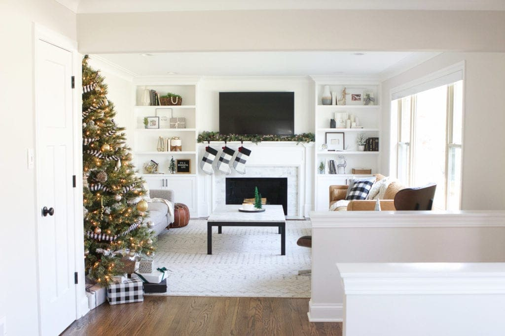 Holiday home tour with black and white accents