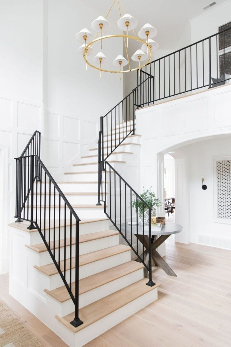 Reader SOS - Stairwell Makeover