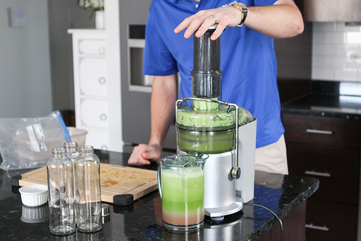 Making celery juice for health benefits