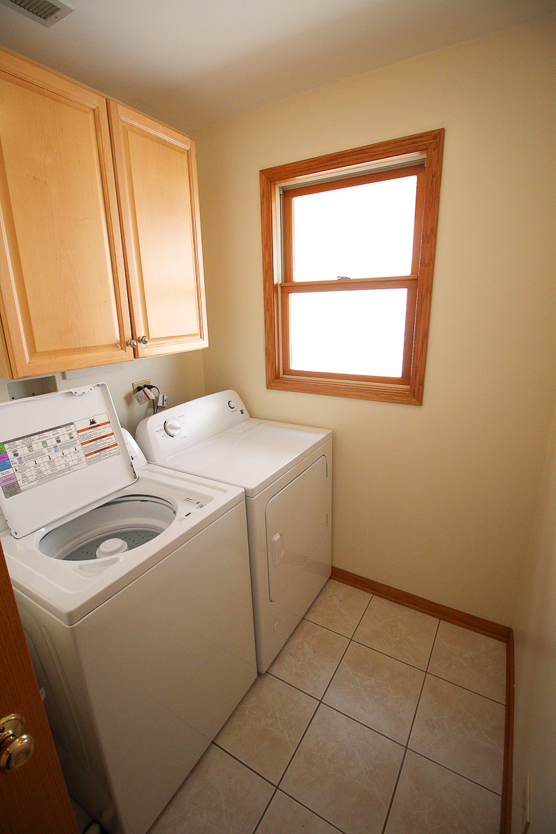 Laundry room in kenneth before