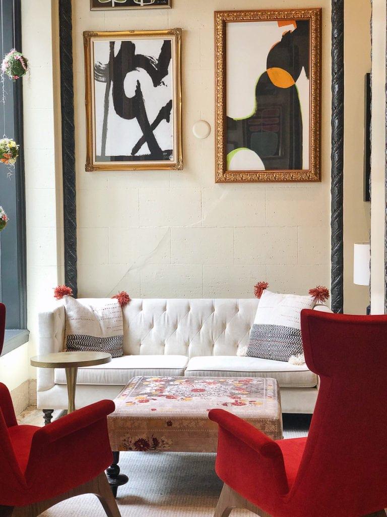 Lobby of hotel spero