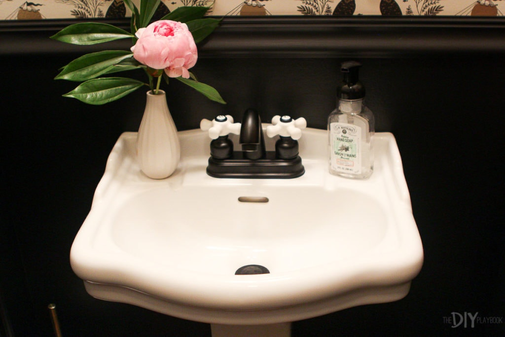 Cute sink in powder room