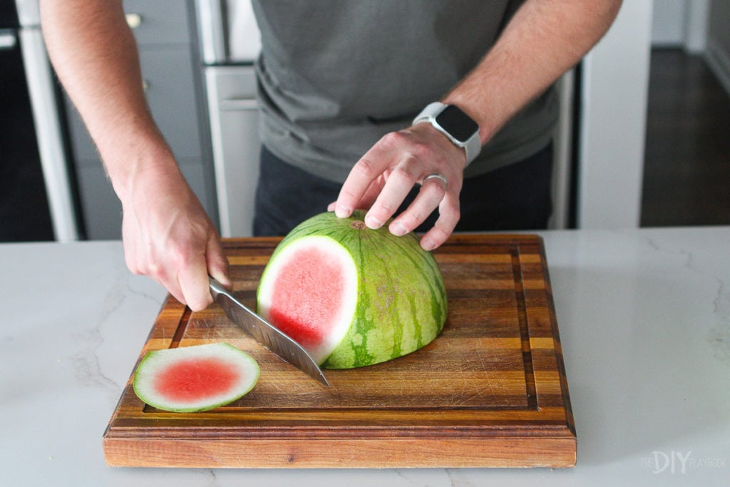 A simple trick to cut a watermelon