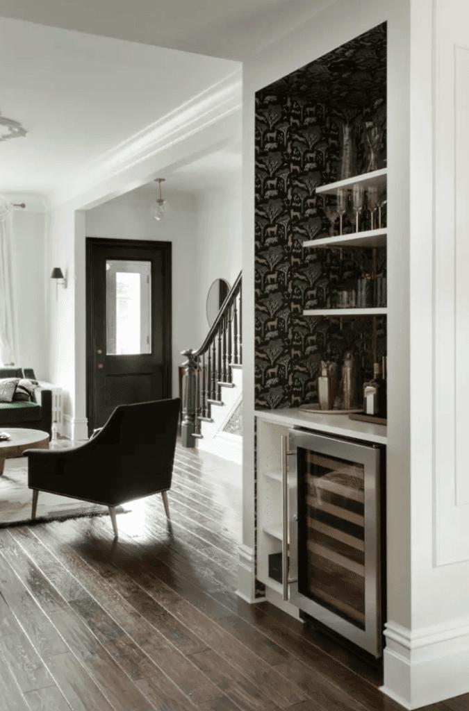 Built-in bar in an awkward space