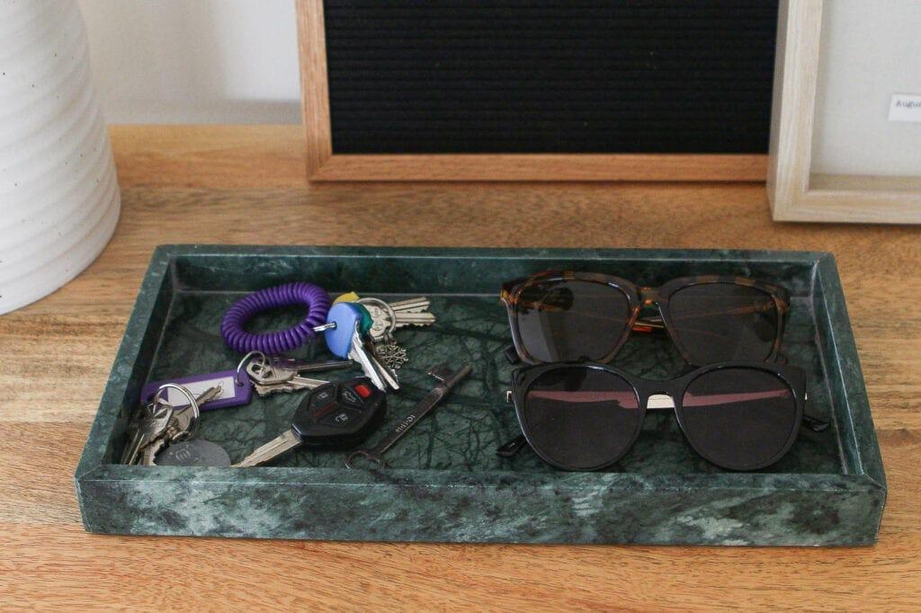 Green key tray